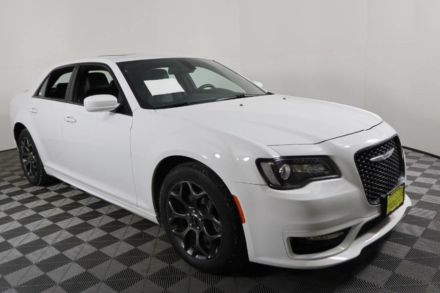 Pre Owned 2017 Chrysler 300 300s