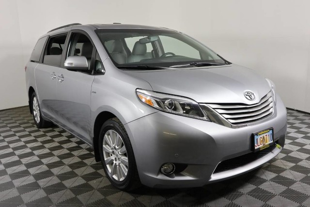 Pre Owned 2017 Toyota Sienna Limited